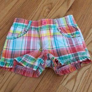 OshKosh 2T Plaid Shorts!